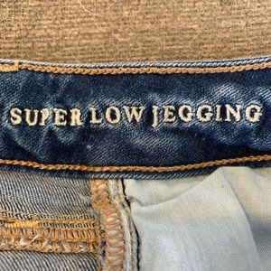 American Eagle Outfitters Jeans - American Eagle Jegging Jeans.